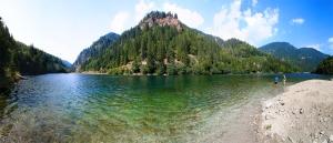 Petrimanu Lake