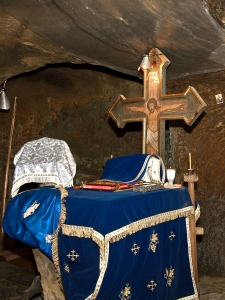 Stone Ravens Monastery - Inside the Altar