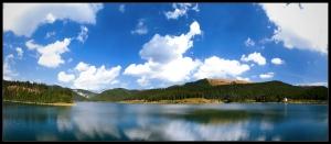 Bolboci Lake on an autumn day