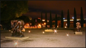 Stanford statues by night, (1080p format)