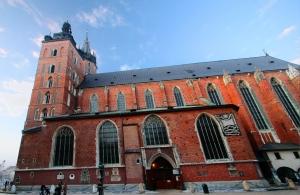 web-st-marys-basilica-krakow-1