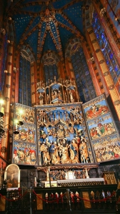 web-st-marys-basilica-krakow-2-altar-vs-height